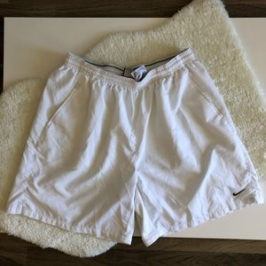 Men's NikeFIT NikeFIT DRY White Shorts Sz: XL